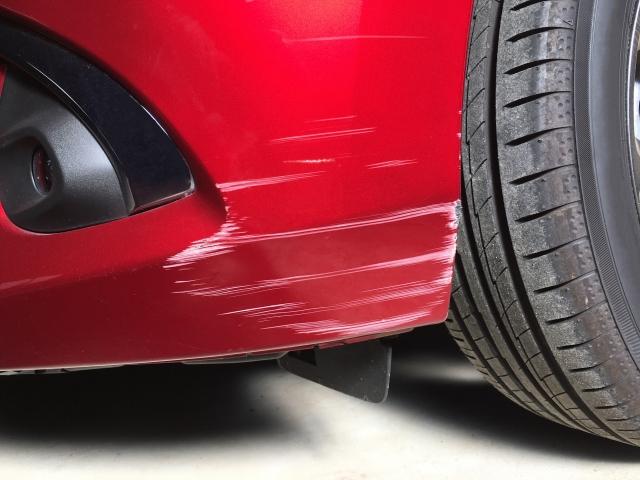 車を売る前のキズや凹み修理